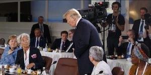 Trump arriving at breakfast